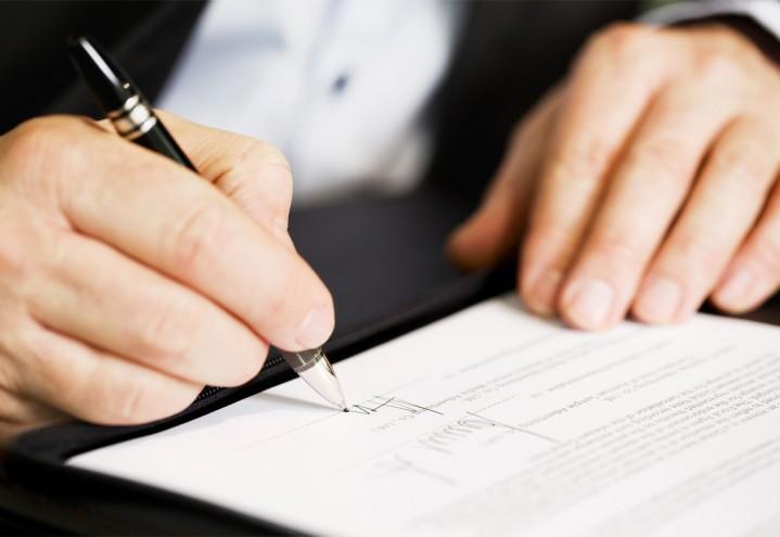 Vi tilbyr spesialisert advokatbistand